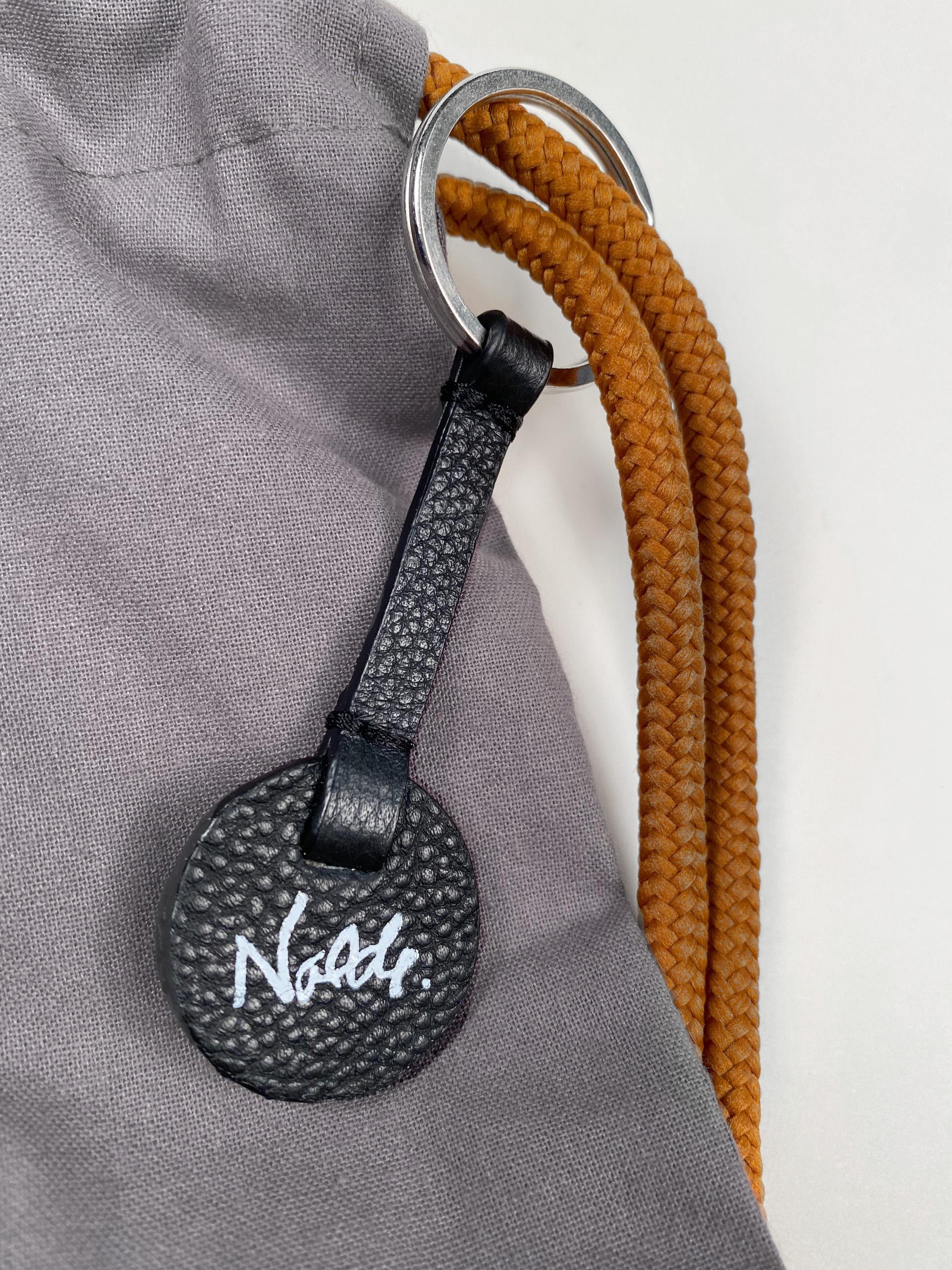 Schlüsselanhänger mit Nolde-Signatur
